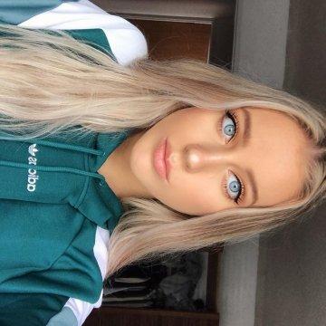 c0wGirlRosa from Belfast City,United Kingdom